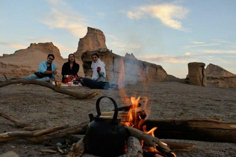 IRAN KAOULT TEA DESERT_1024x682